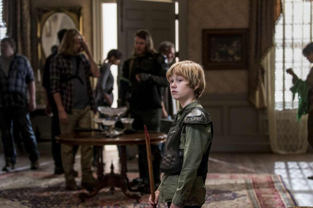 Macsen Lintz as Henry.