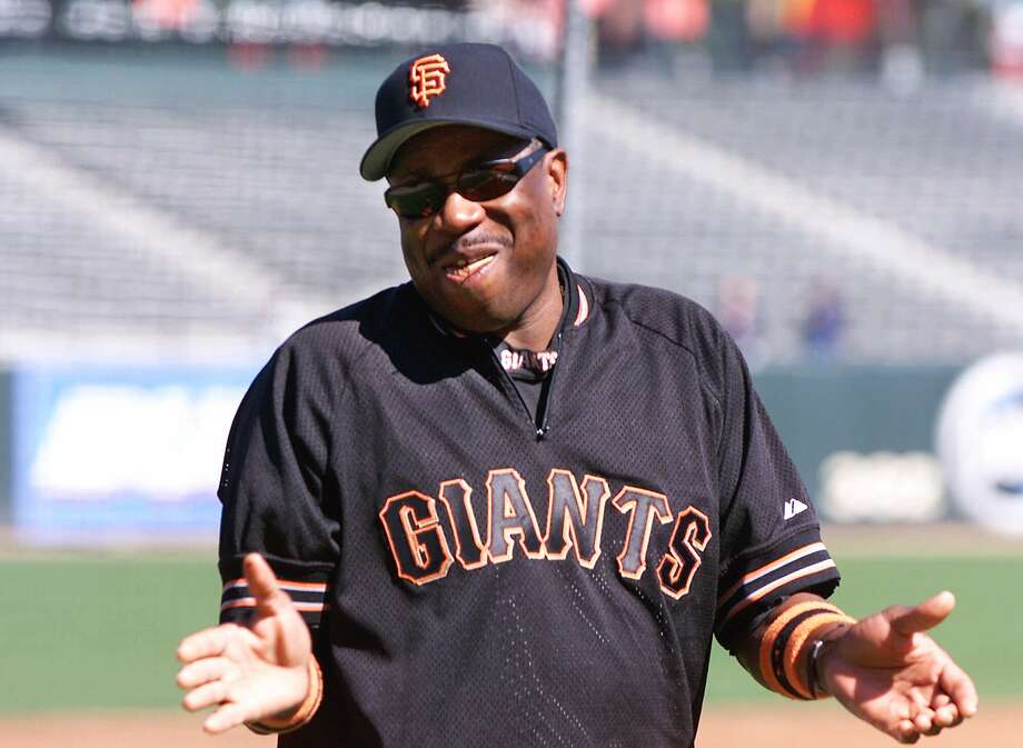 San Francisco Giants manager Dusty Baker is all smiles during batting practice at Pac Bell Park Tuesday, Oct. 3, 2000, in San Francisco. The Giants will take on the New York Mets Wednesday during Game 1 of the National League Division Series. (AP Photo/Kevork Djansezian). Also ran 10/20/2000. Photo: KEVORK DJANSEZIAN, Associated Press