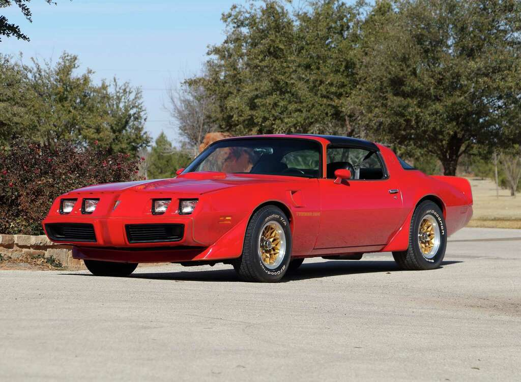 Nostalgia powers Mecum\'s Houston collector car auctions - Houston ...