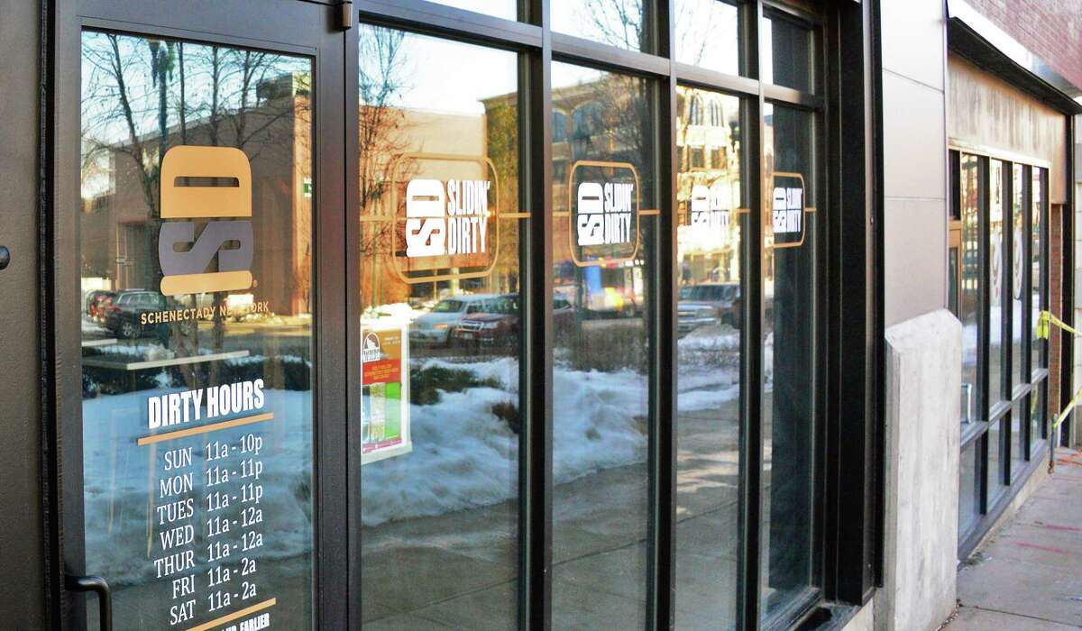 Entrance to Slidin' Dirty restaurant on State Street Wednesday Feb. 14, 2018 in Schenectady, NY. (John Carl D'Annibale/Times Union)