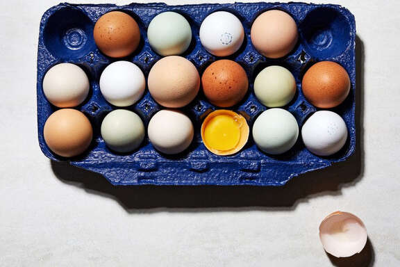 A guide to grocery store eggs. MUST CREDIT: Photo by Stacy Zarin Goldberg for The Washington Post.