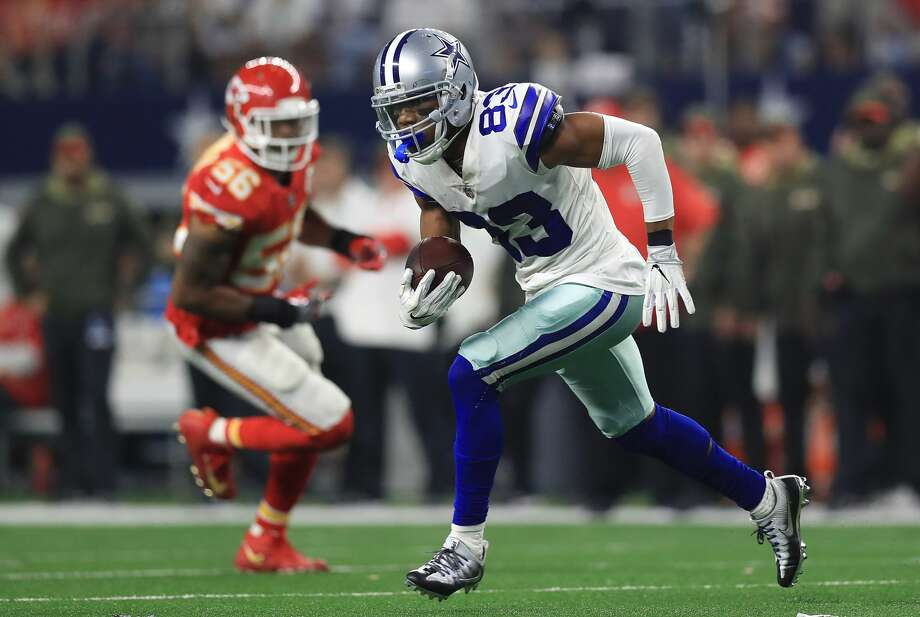 ARLINGTON, TX - NOVEMBER 05:  Terrance Williams #83 of the Dallas Cowboys carries the ball in the fourth quarter of a football game against the Kansas City Chiefs at AT&T Stadium on November 5, 2017 in Arlington, Texas.  (Photo by Ronald Martinez/Getty Images) Photo: Ronald Martinez/Getty Images
