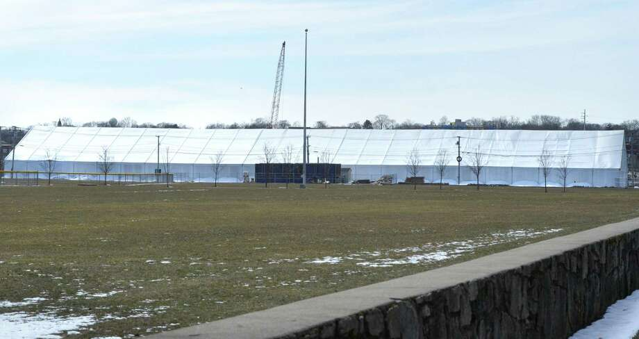 The Rinks at Vets Park from Seaview Ave. on Thursday March 22, 2018 in Norwalk Conn. Photo: Alex Von Kleydorff / Hearst Connecticut Media / Norwalk Hour