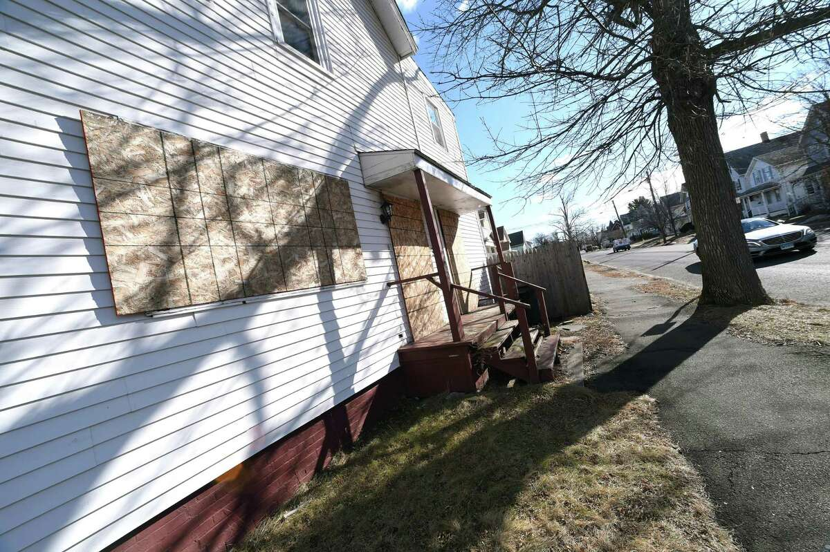 A house on 1st Ave. in West Haven photographed on January 24, 2018 is slated for demolition to make way for The Haven upscale outlet mall.