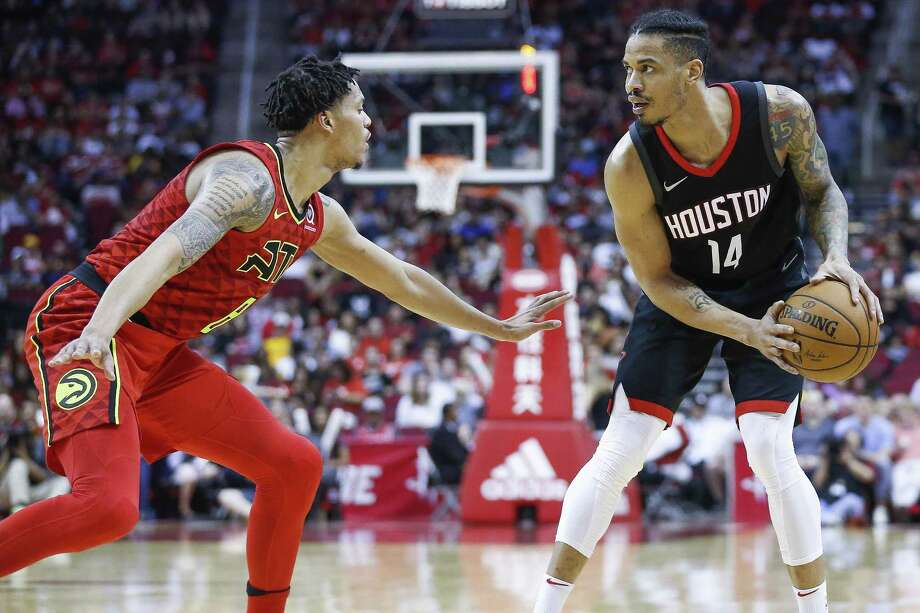 Rockets veteran Gerald Green, right, is happy playing a lot of minutes or not at all, as long the team continues its march toward the NBA playoffs. Photo: Michael Ciaglo, Houston Chronicle / Houston Chronicle / Michael Ciaglo