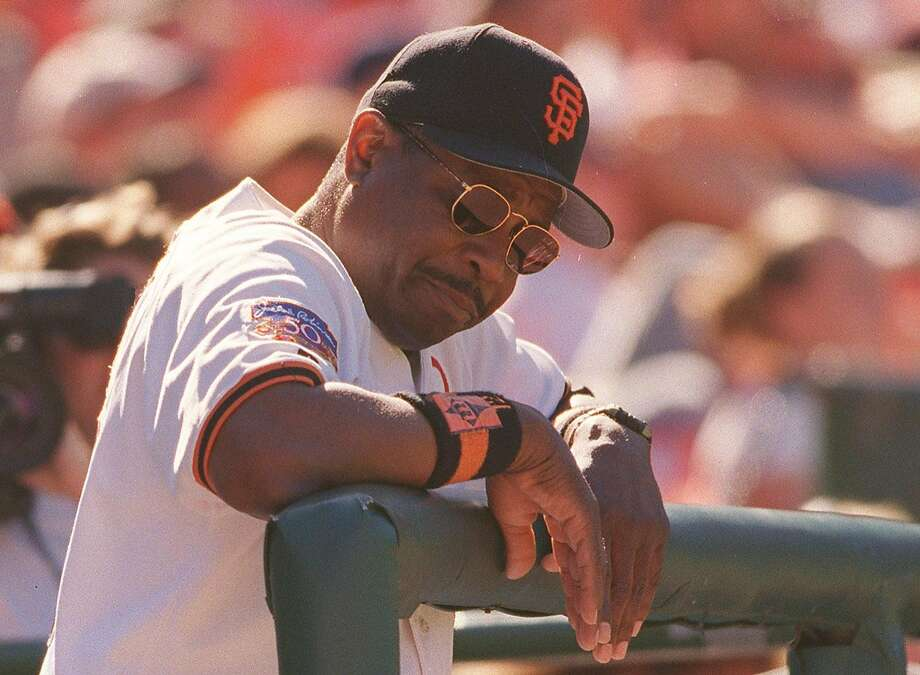 GIANTS/C/31AUG97/SP/MACOR        Giants manager Dusty Baker reacts to the 2nd out in the bottom of the 9th inning. SF went on to loose to Anaheim 7-4.   Chronicle  Photo: Michael Macor Photo: MICHAEL MACOR / STAFF