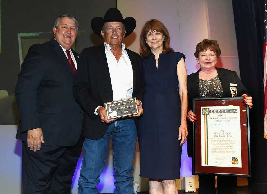 L/R: Doug Miller 52nd. Texas Legislative Confrence Chair, George Strait, Mary Jane Nalley Gruene Hall and Robin Jeffers Chamber of Commerce Chair attend  George Strait Honored as Texan of the Year at New Braunfels' Chamber of Commerce on March 23, 2018 in New Braunfels, Texas. Photo: R. Diamond/Getty Images For Essential Broadcast Media, LLC