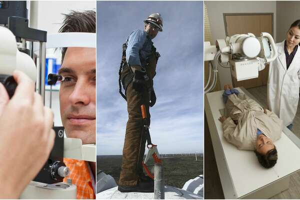 25 of the best jobs that don't require a degree  U.S. News rounded up 25 top jobs that don't require a full college degree.   Scroll ahead to see the top jobs that you don't have to go to college for.
