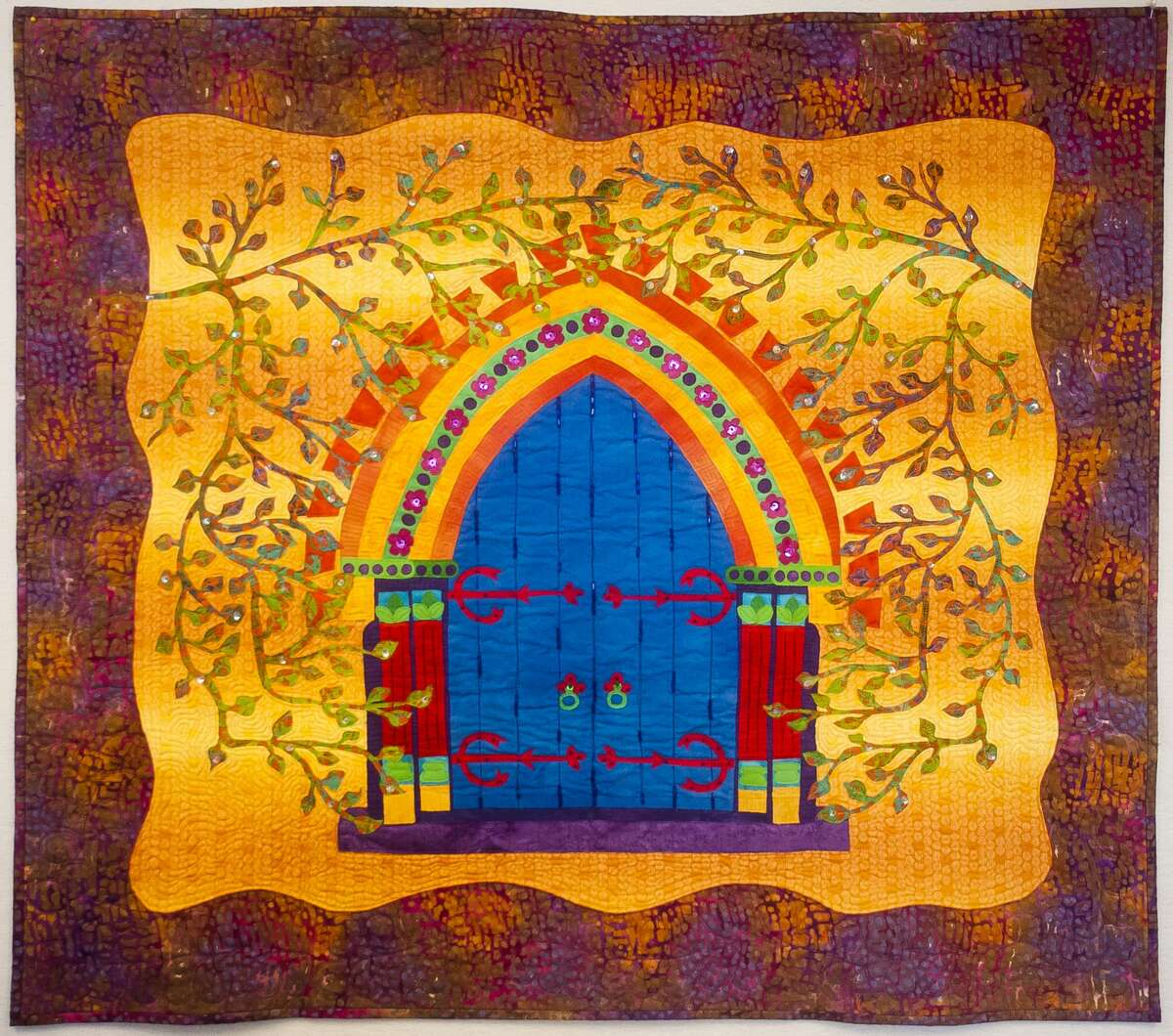 A piece by local quilter Kathy Mallory. (Katy Kildee/kkildee@mdn.net)