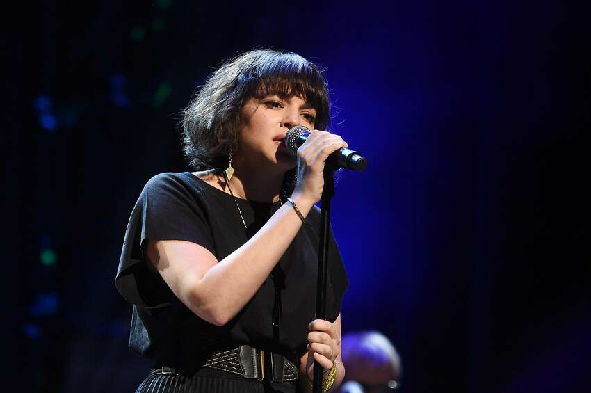 NEW YORK, NY - MARCH 15: Norah Jones performs onstage at the Second Annual LOVE ROCKS NYC! A Benefit Concert for God's Love We Deliver at Beacon Theatre on March 15, 2018 in New York City. (Photo by Jamie McCarthy/Getty Images for God's Love We Deliver)