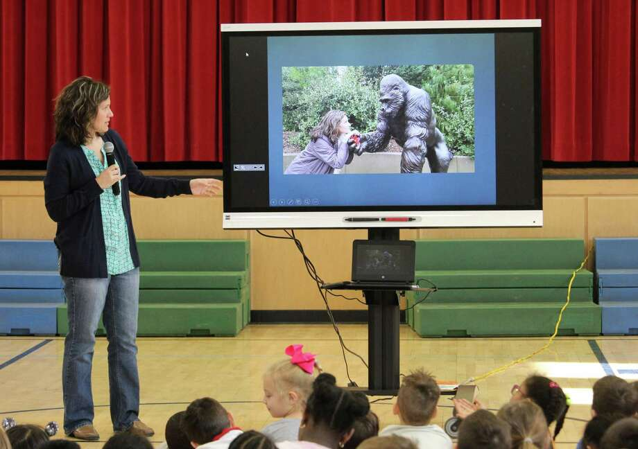 Jodi Carrigan, the zookeeper who helped care for Ivan the gorilla at Zoo  Atlanta, visits Rowayton Elementary School in Norwalk  on Tuesday, March 27, 2018. Photo: Stephanie Kim / Hearst Connecticut Media