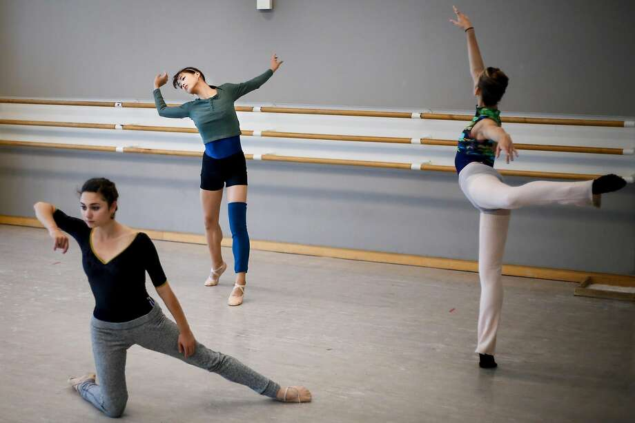 Skyla Shreter (left), Ami Yuki and Kamryn Baldwin work with choreographer Arthur Pita during a July 2017 rehearsal for SFBallet's Unbound: A Festival of New Works. Photo: Nicole Boliaux / The Chronicle 2017