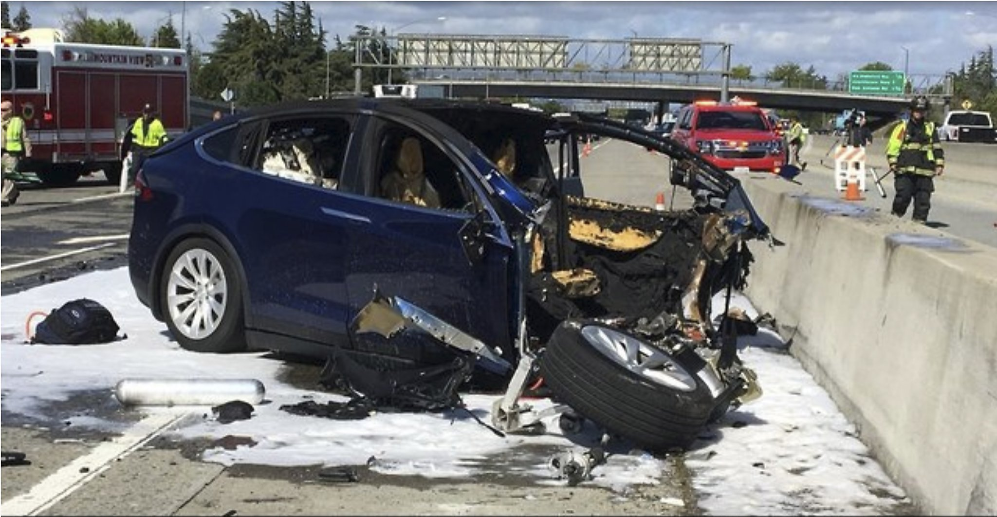 Tesla Driver Died Using Autopilot, With Hands Off Steering Wheel ...