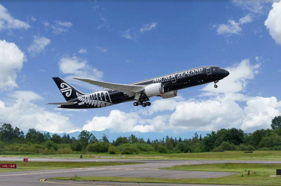 Air New Zealand will fly a Boeing 787-9 Dreamliner between Chicago and Auckland Photo: Air New Zealand