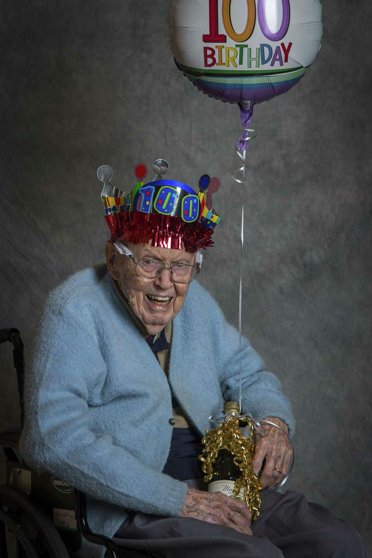 Charles Omar Logan, who will turns 100 on April 10 of this year, photographed before a celebration for the ten centenarians (and one who turns 100 later this year) living at Clarewood House Senior Community, Monday, March 26, 2018, in Houston. Logan and his wife will celebrate their 75th wedding anniversary this year. ( Mark Mulligan / Houston Chronicle )