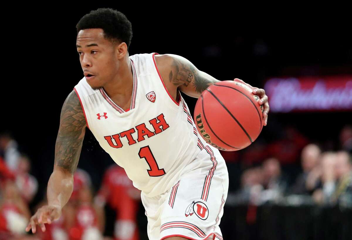 NEW YORK, NY - MARCH 27: Justin Bibbins #1 of the Utah Utes dribbles towards the basket in the first quarter against the Western Kentucky Hilltoppers during their 2018 National Invitation Tournament Championship semifinals game at Madison Square Garden on March 27, 2018 in New York City. (Photo by Abbie Parr/Getty Images)