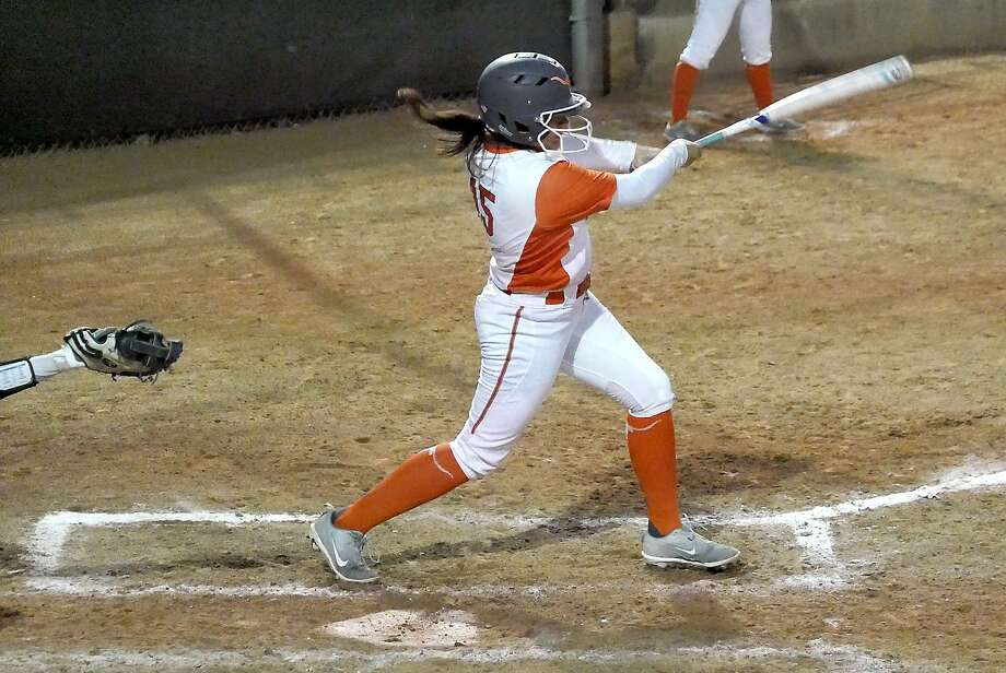 The Lady Longhorns defeated Incarnate Word 7-1 Saturday to end the Seguin tournament on a three-game win streak. Photo: Cuate Santos /Laredo Morning Times File / Laredo Morning Times