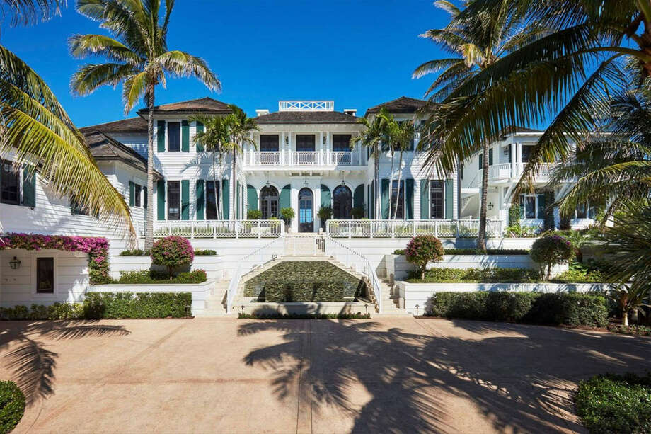 Tiger Woods' ex-wife Elin Nordegren is selling her Florida mansion. Photo: Sotheby's International Realty/Business Insider
