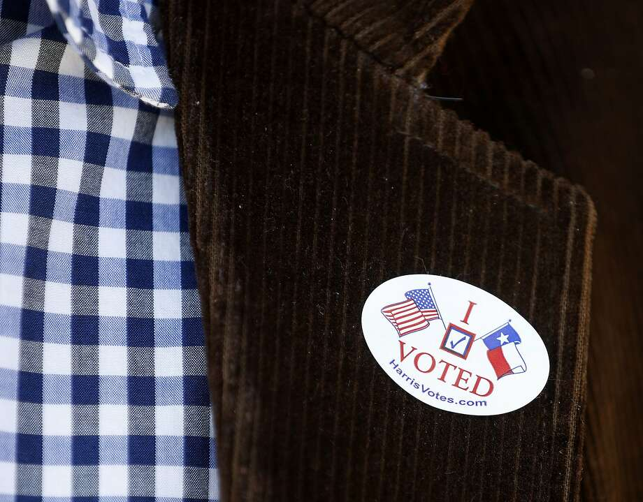 A record 44 percent of U.S. firms will give workers paid time off to vote Nov. 6, up from 37 percent in 2016, according to reports from the Society for Human Resources Management.  Photo: Karen Warren, Houston Chronicle