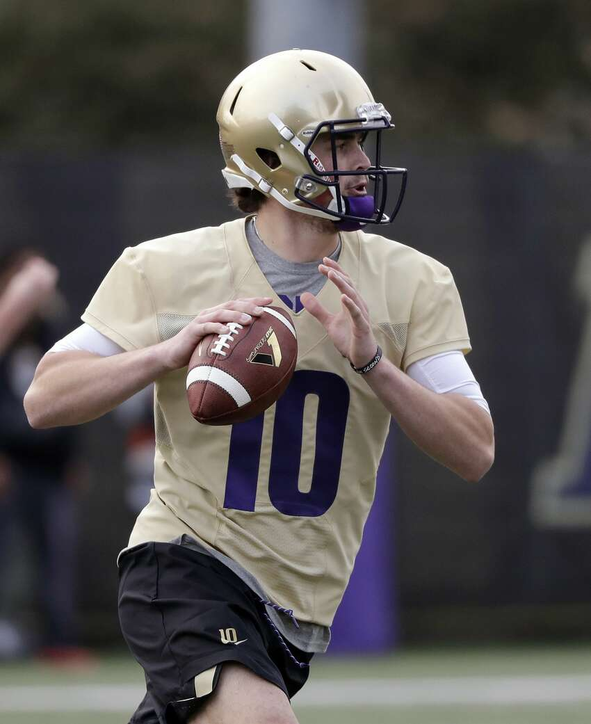 Jacob Eason, Quarterback Let's face it, you saw this one coming. Eason, the transfer signal called from Georgia, has a lot riding on his shoulders this season. His arm strength is expected to be well above that of Jake Browning, giving fans visions of a newly resurgent passing game. The thought it tantalizing - imagine what this team program could've done over the past several years with an elite passing presence under center. While Eason is talented, he hasn't played a game since 2017. If UW is going to make a run at the Pac-12 title again, they'll need him to step up in a big way early. If Eason doesn't pan out though, it could be a long season.