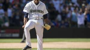 SEATTLE, WA - JULY 29: Relief pitcher Edwin Diaz #39 of the Seattle Mariners reacts after the last out of an interleague game against the New York Mets at Safeco Field on July 29, 2017 in Seattle, Washington. The Mariners won the game 3-2 and Diaz got the save. (Photo by Stephen Brashear/Getty Images)