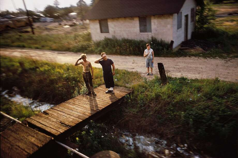 """Paul Fusco, Untitled, from the series """"RFK Funeral Train"""" (1968) Photo: © Magnum Photos / Courtesy Danziger Gallery"""