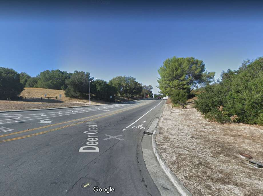 A high school student jogging on a path near Arastradero and Deer Creek roads in Palo Alto was sexually assaulted at gunpoint on the afternoon of Wednesday, March 28, 2018. Photo: Google Maps, Screengrab