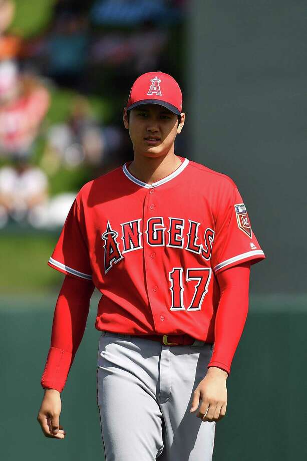 SCOTTSDALE, AZ - MARCH 06:  Shohei Ohtani #17 of the Los Angeles Angels warms up for the spring training game against the Arizona Diamondbacks at Salt River Fields at Talking Stick on March 6, 2018 in Scottsdale, Arizona.  (Photo by Jennifer Stewart/Getty Images) Photo: Jennifer Stewart / 2018 Getty Images