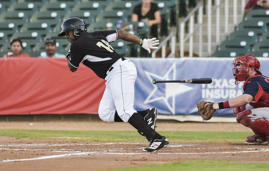 The Tecolotes Dos Laredos acquired Leandro Castro Wednesday, a former Lemurs outfielder from 2016. The Tecos lost 6-5 in 11 innings at Monclova as Castro homered in his debut. Photo: Danny Zaragoza /Laredo Morning Times File / Laredo Morning Times