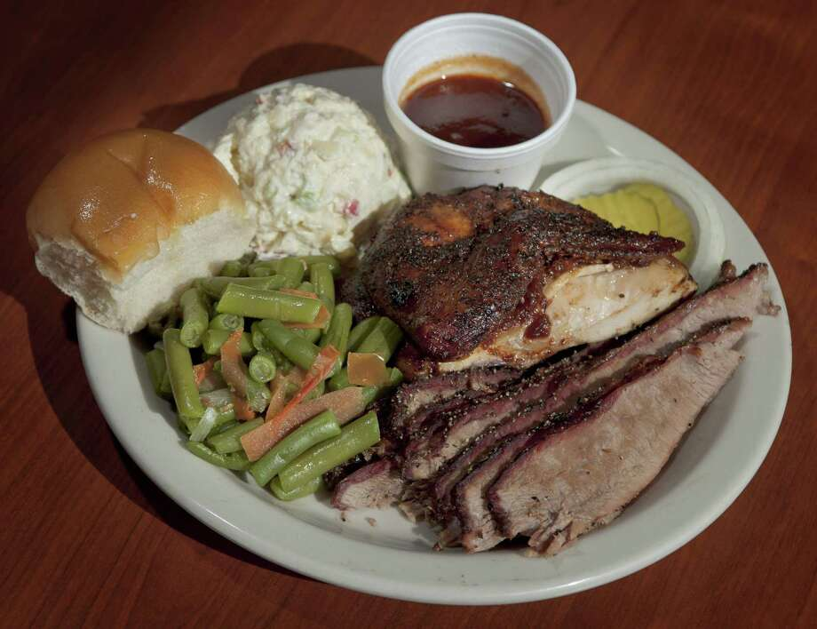 The two-meat chicken and brisket plate at B&B Smokehouse. The restaurant at 2627 Pleasanton Road will close after this weekend to move into a larger facility. Photo: Darren Abate /Contributor / San Antonio Express-News