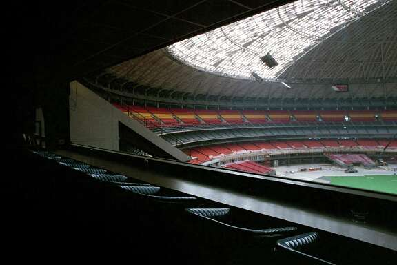 Roy Hofheinz's residential suite inside the Astrodome, March 20, 1988. The suite and adjacent scoreboard were set to be dismantled to make way for more seats inside the stadium.