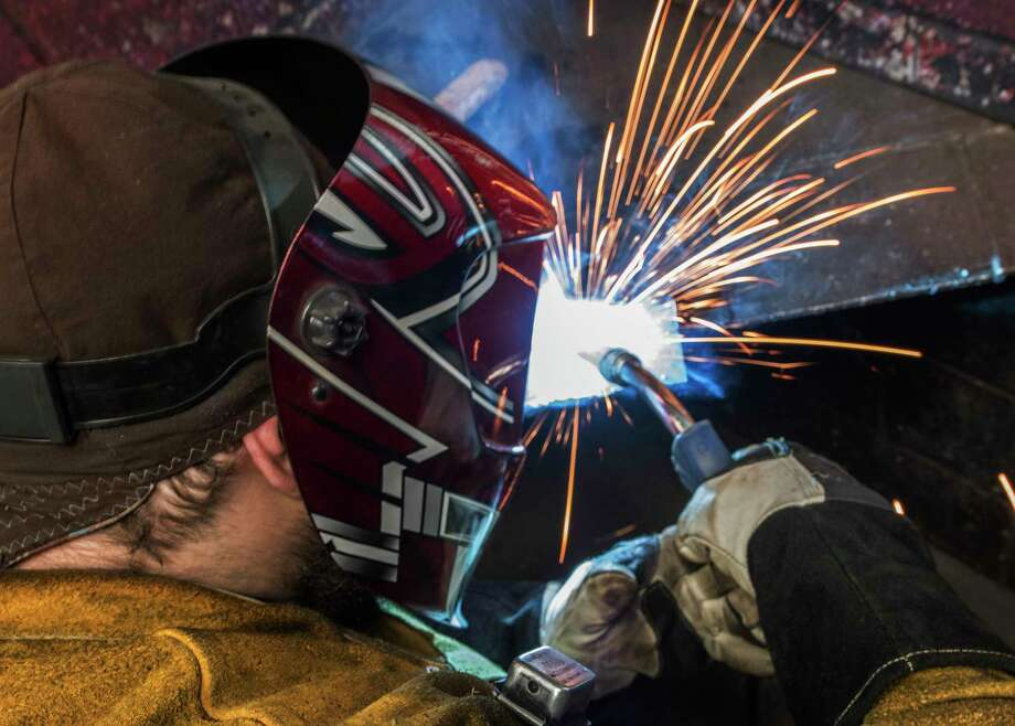 A student does some practice welds at the Modern Welding School Thursday March 29, 2018 in Schenectady, N.Y.  (Skip Dickstein/Times Union) Photo: SKIP DICKSTEIN, Albany Times Union / 20043337A