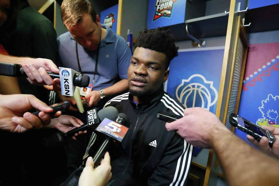 SAN ANTONIO, TX - MARCH 29:  Udoka Azubuike #35 of the Kansas Jayhawks speaks with the media during media day for the 2018 Men's NCAA Final Four at the Alamodome on March 29, 2018 in San Antonio, Texas.  (Photo by Mike Lawrie/Getty Images) Photo: Mike Lawrie, Staff / Getty Images / 2018 Getty Images