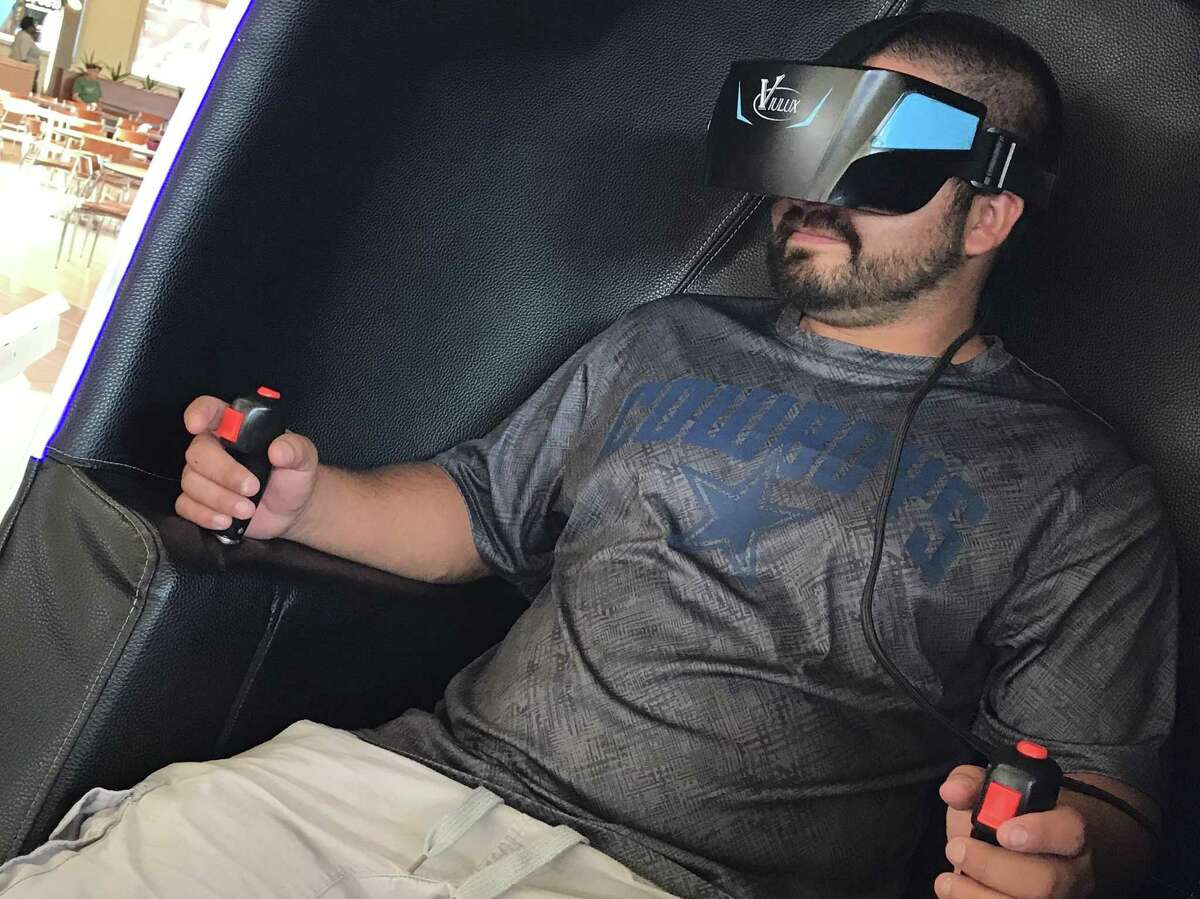 Mario Villegas experiences the virtual reality adventure