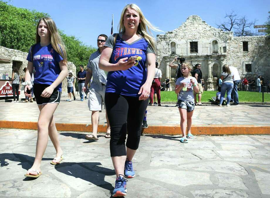 No one asked party affiliation when fans spent their money in San Antonio for the Final Four — why San Antonio should have bid on the Republican National Convention. Members of the Anderson family from Kansas finished their tour of the Alamo, as Final Four fans crowd the downtown streets and Riverwalk on March 29. Photo: Bob Owen /San Antonio Express-News / ©2018 San Antonio Express-News