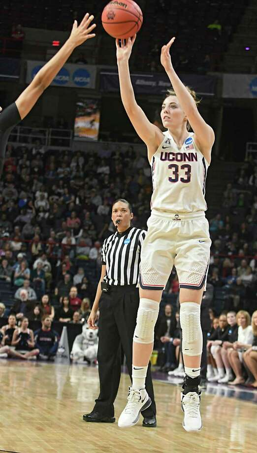 UConn's Samuelson, Williams earn WBCA All-American honors ...
