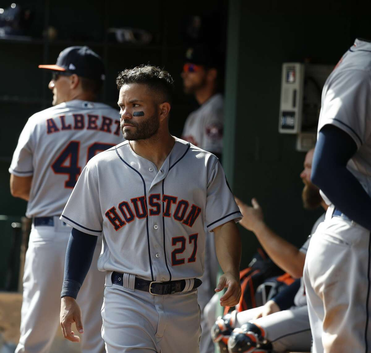 Houston Astros second baseman Jose Altuve (27) in the dugout in the ninth inning of Opening Day at Globe Life Park, Thursday, March 29, 2018, in Arlington. ( Karen Warren / Houston Chronicle )