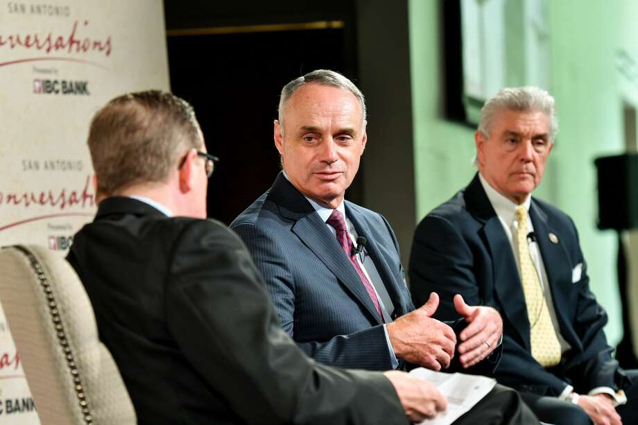 "Major League Baseball Commissioner Rob Manfred spoke at IBC's ""SA Conversations"" series at the Witte Museum on March 27. Photo: Jonathan Alonzo"