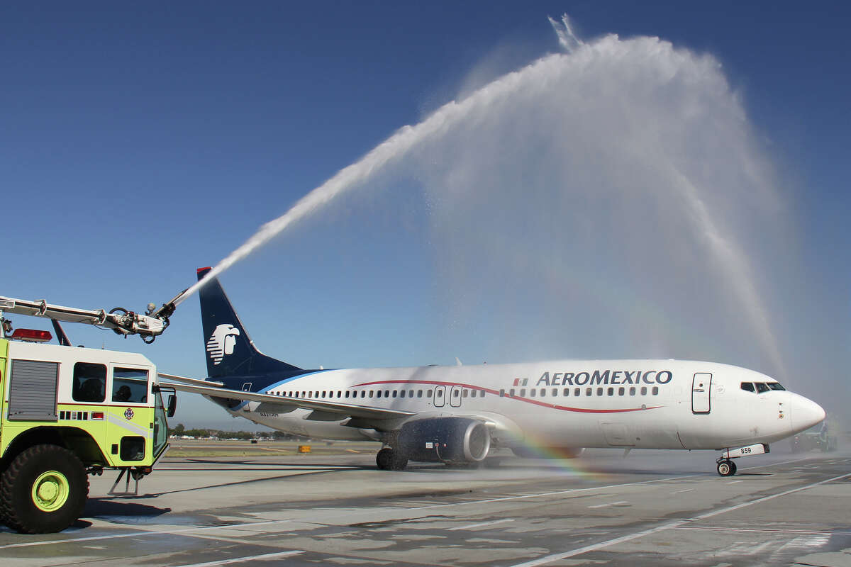 Routes United Adds California Flights Aeromexico Delta British Airways Wow Southwest