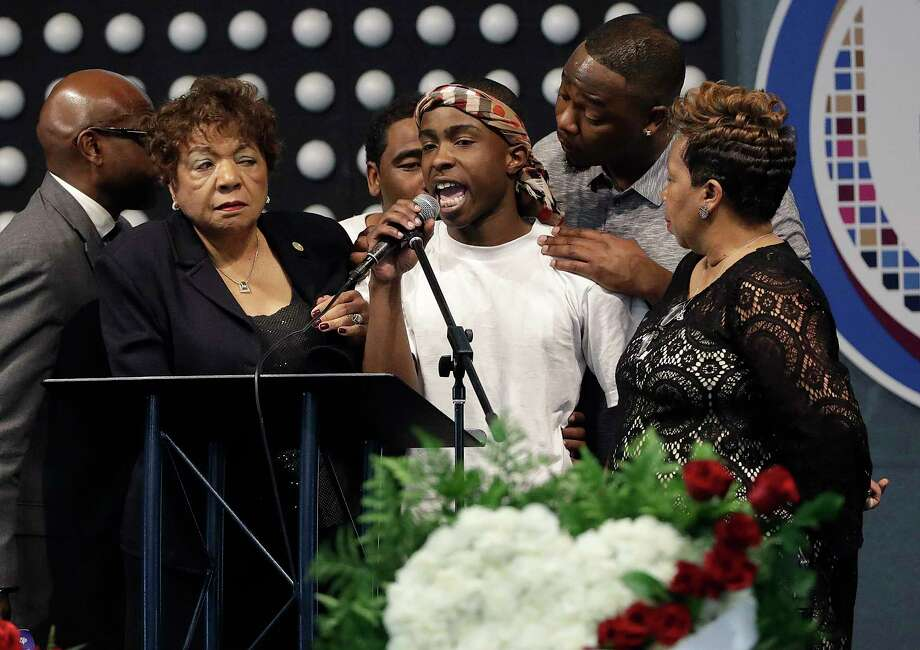 SACRAMENTO, CA - MARCH 29:  Stevante Clark speaks during the funeral services for police shooting victim Stephon Clark at Bayside Of South Sacramento Church March 29, 2018 in Sacramento, California. Clark, who was unarmed, was shot and killed by Sacramento Police Officers, Sunday, March 18, 2018. (Photo by Jeff Chiu-Pool/Getty Images) Photo: Pool / 2018 Getty Images