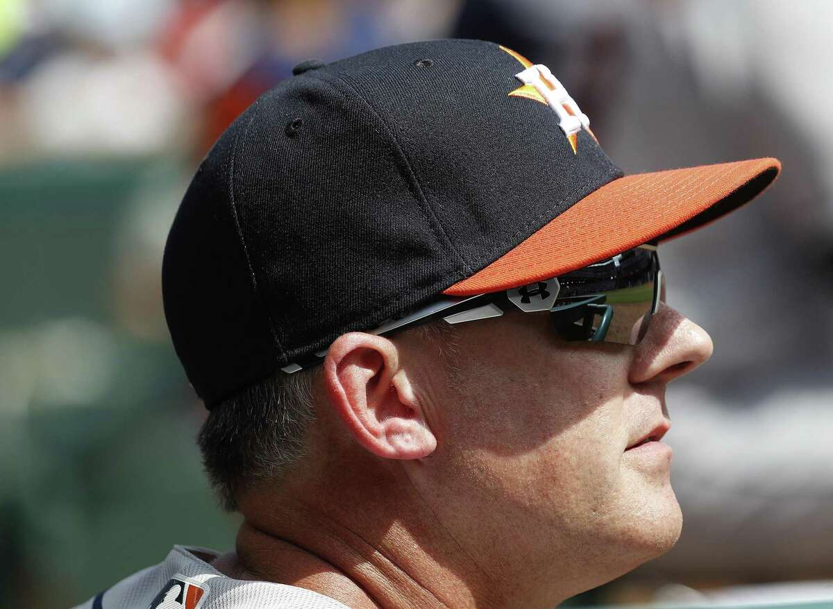 Houston Astros manager AJ Hinch (14) in the first inning of Opening Day at Globe Life Park, Thursday, March 29, 2018, in Arlington. ( Karen Warren / Houston Chronicle )