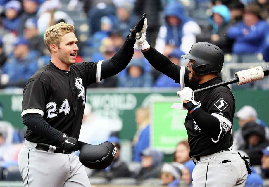 KANSAS CITY, MO - MARCH 29:  Matt Davidson #24 of the Chicago White Sox is congratulated by Welington Castillo #21 after hitting a home run during the 4th inning of the game against the Kansas City Royals on Opening Day at Kauffman Stadium on March 29, 2018 in Kansas City, Missouri.  (Photo by Jamie Squire/Getty Images) Photo: Jamie Squire / 2018 Getty Images