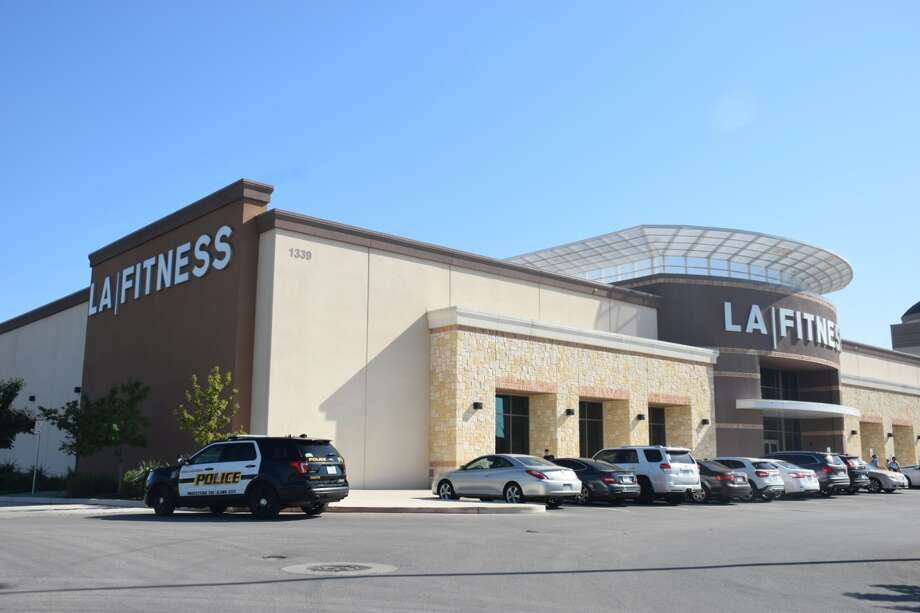 A man was found drowning at the bottom of a pool at an L.A. Fitness in the 1300 block of North Loop 1604 on Friday, March 30, 2018. Photo: Caleb Downs / San Antonio Express-News