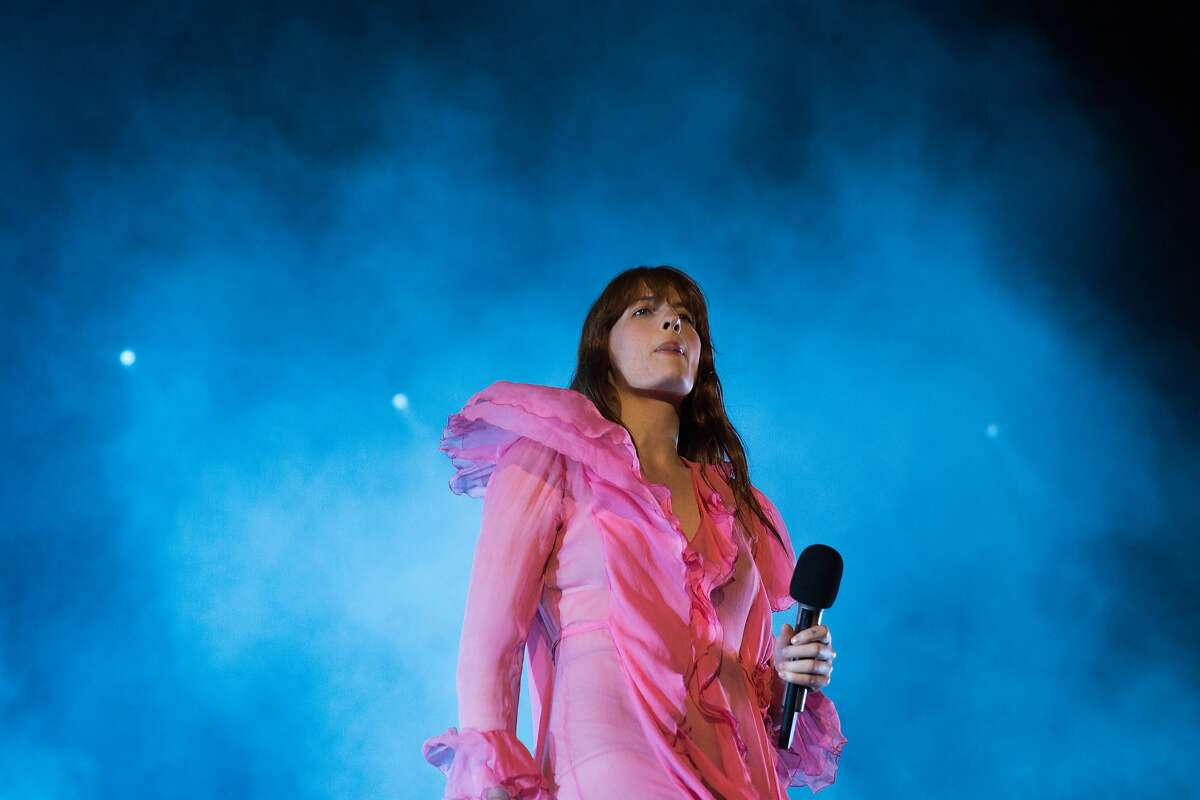 Florence Welch of Florence and the Machine performs on the final day of Sasquatch! at the Columbia River Gorge, Monday, May 30, 2016. (GRANT HINDSLEY, seattlepi.com)