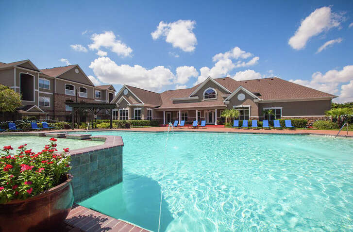 Waterton, a U.S. real estate investor and operator, has acquired Carrington at Barker Cypress, a 330-unit complex at 7202 Barker Cypress Road in Cypress.
