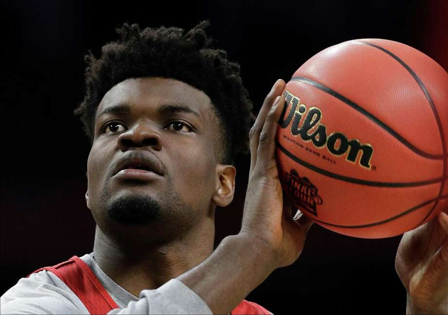 Kansas's Udoka Azubuike shoots during a practice session for the Final Four NCAA college basketball tournament, Friday, March 30, 2018, in San Antonio. (AP Photo/David J. Phillip) Photo: David J. Phillip, STF / Associated Press / Copyright 2018 The Associated Press. All rights reserved.