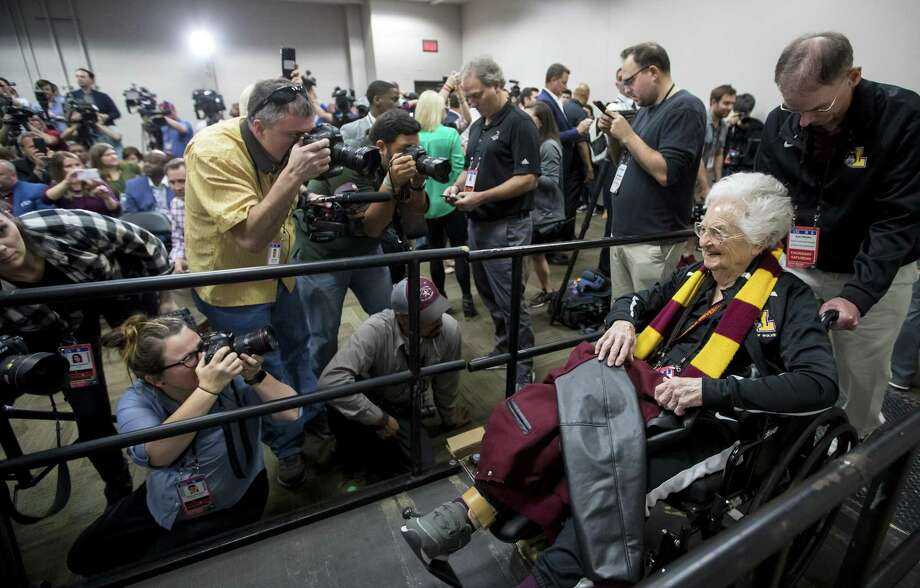 Reporters pack the room for Sister Jean Dolores-Schmidt on Friday, March 30, 2018 before the Loyola Ramblers face the Michigan Wolverines in the Final Four at the Alamodome in San Antonio.  Photo: John J. Kim / TNS / Chicago Tribune