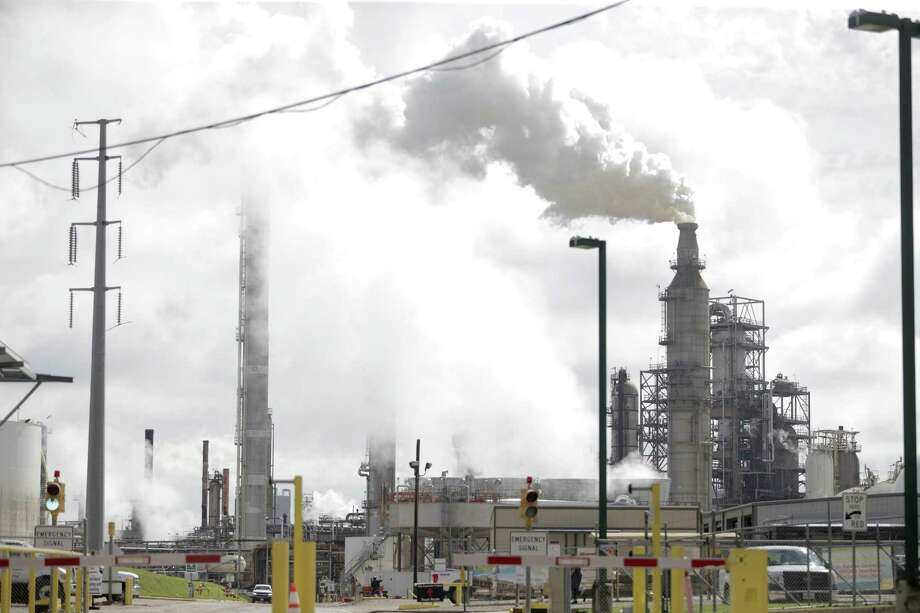 Valero Houston Refinery. Photo: Elizabeth Conley, Chronicle / Houston Chronicle / © 2018 Houston Chronicle