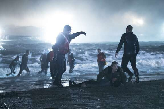 After 47 refugees wash up in a small fishing town, the sheriff is cut out of the investigation.