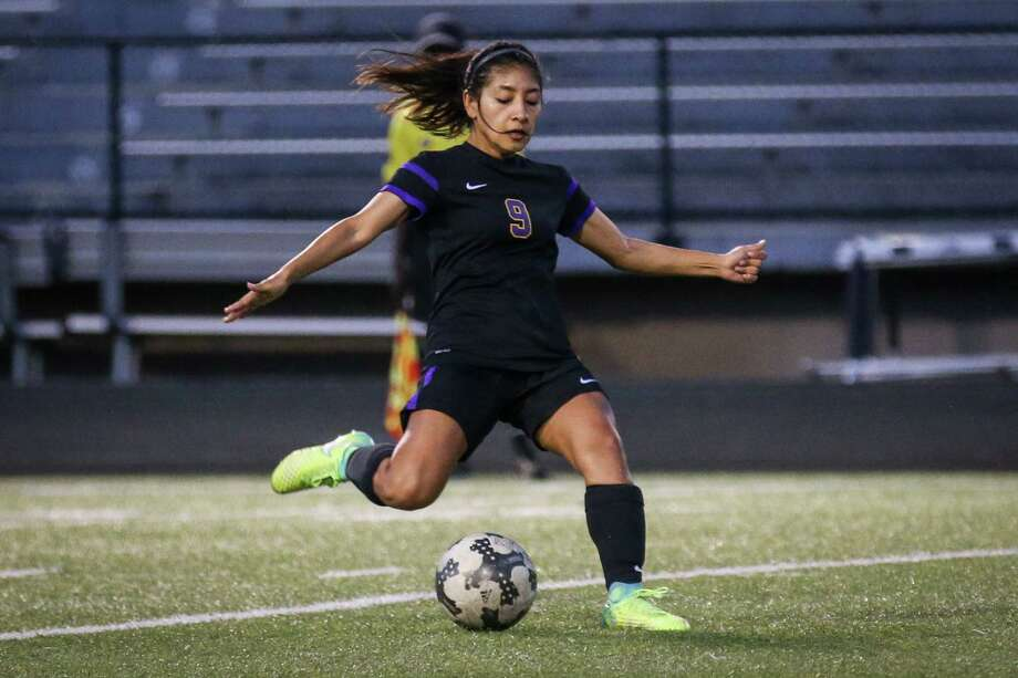 In this file photo, Montgomery's Alicia Morales (9) kicks the ball during the girls soccer game against Conroe on Friday, March 16, 2018, at Moorhead Stadium. (Michael Minasi / Houston Chronicle) Photo: Michael Minasi, Staff Photographer / © 2018 Houston Chronicle
